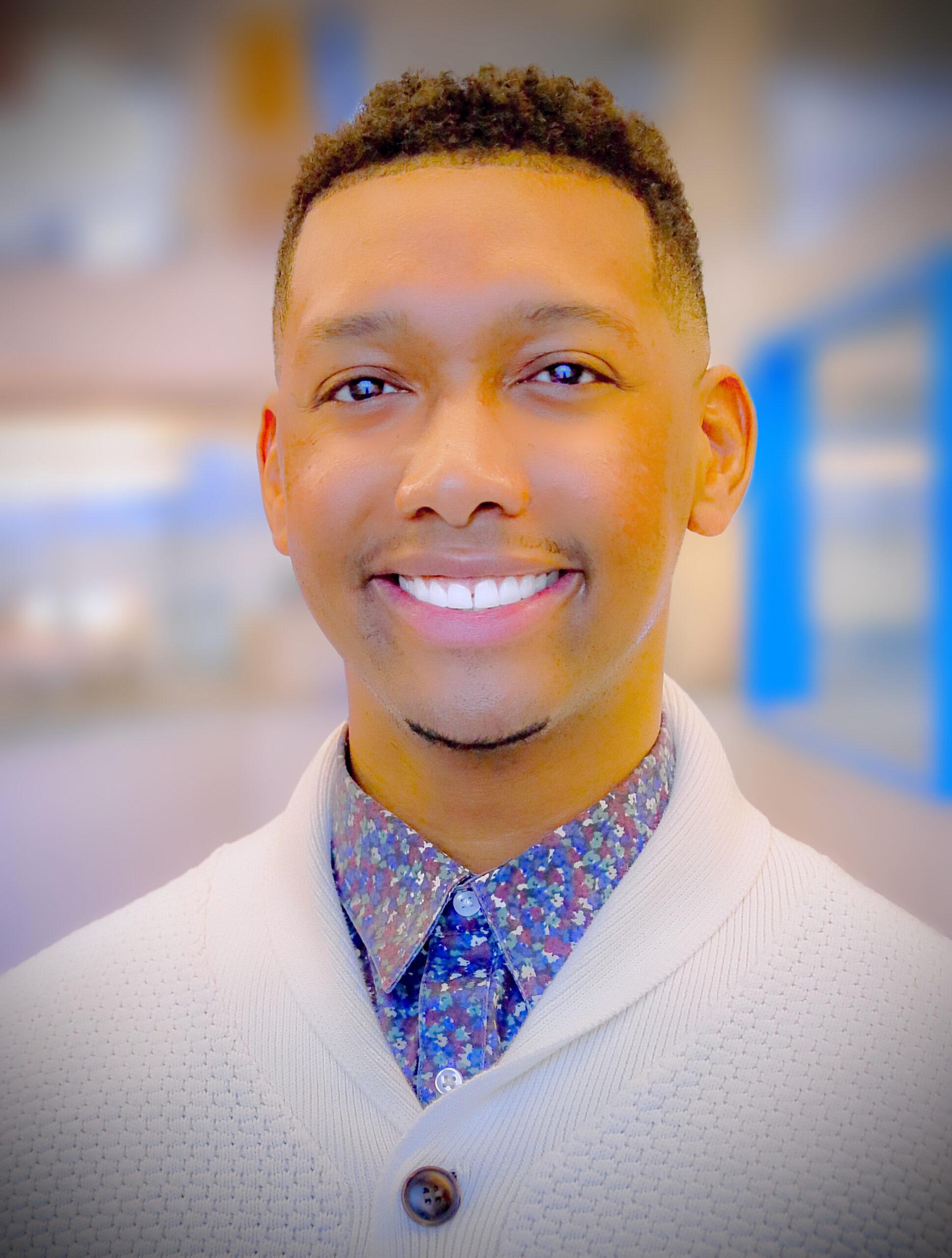 Steven Johnson Jr.